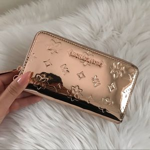 Michael Kors Rose Gold Wallet Wristlet Clutch Case